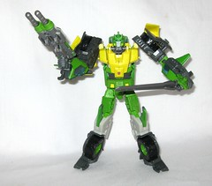 springer transformers idw thrilling 30 voyager class triple changer last stand of the wreckers hasbro 2013 l (tjparkside) Tags: springer transformer transformers generations idw thrilling 30 autobot autobots wrecker wreckers movie triple changer g1 generation 1 one sword rotor gun rifle blaster cannon projectile projectiles firing launching missile missiles shooting helicoper vehicle armored car truck hasbro 2014 2012 voyager class green yellow last stand 2013