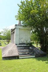IMG_0256 (Equina27) Tags: tx texas cemetery gravestone marble mausoleum