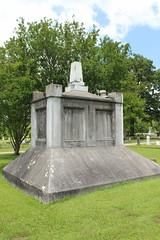 IMG_0251 (Equina27) Tags: tx texas cemetery gravestone marble mausoleum concrete