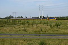 ICD at Benthuizen, June 14, 2019 (cklx) Tags: hsl hogesnelheidslijn benthuizen icd intercitydirect traxx bombardier br186