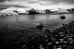 Island2018_BW0709 (schulzharri) Tags: iceland island schwarz weis black white landscape landschaft nord stein stone rock felsen eis ice