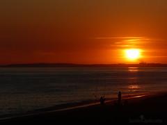Praia de Faro (SandrAzpilicueta) Tags: praiadefaro faro portugal algarve puestadesol atardecer ocaso