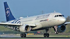 F-GKXS (AnDyMHoLdEn) Tags: airfrance a320 skyteam egcc airport manchester manchesterairport 05r