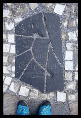 THE BROKEN GRAVESTONE (LitterART) Tags: bärnbach hundertwasserkirche grabsteine gravestone grabstein griessler franz justine hundertwasser park