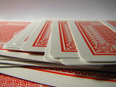 Playing Cards (Vallø) Tags: vallø 2019 danmark denmark indoor inside macro closeup red rødt white hvid spil game lookingcloseonfriday games playingcards spillekort dof 5faves