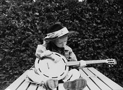 Let's give it a try (music in b&w) (Rudike) Tags: zwartwitfoto muziekmaken makingmusic банджо banjo musicinbw smileonsaturday