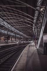 leeds rail- on1 (douglasjarvis995) Tags: ricoh grii 18mm leeds yorkshire rail railway train station platform light dark shapes