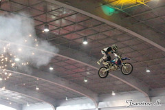 SIM2014 0100 (Pancho S) Tags: salóninternacionaldelamotocicleta2014 sim2014 expo expos exposantafe acrobacias motos motocicletas motorcycle motocycle
