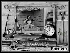 Music and Fun Time ! (jlynfriend) Tags: smileonsaturday musicinbw art photophone lg cartoon characters