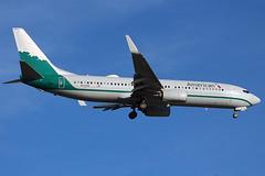 American's Reno Air 737-800 landing at Cleveland (chrisjake1) Tags: cle kcle cleveland hopkins american renoair n916nn 737 737800 738 b738 boeing