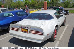 2016-05-19 1425 CARS Mecum Auto Auction 2016 (Badger 23 / jezevec) Tags: 2016 20160519 jezevec mecum mecumautoauction indianapolis indiana auction sale bid indianastatefairgrounds photo photos picture image car 汽车 汽車 gas advertising antique collectible history automotive photography znak tegn zeichen signo märk signe ženklas sein 記号 знак merkki 符號 צייכן علامة 标志 路标 شعار ցուցանակ চিহ্ন реклама uithangbord americana