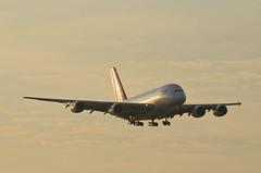 Qantas Airways A380-842 (VH-OQL) LAX Approach 1 (hsckcwong) Tags: qantas qantasairways a380842 a380 vhoql lax klax