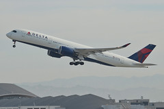 Delta Airlines A350-941 (N501DN) LAX Takeoff 2 (hsckcwong) Tags: deltaairlines a350941 a350900 a350 n501dn lax klax