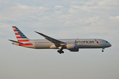 American  Airlines 787-900 Dreamliner (N836AA) LAX Approach 1 (hsckcwong) Tags: americanairlines 787900 7879 787 dreamliner n836aa