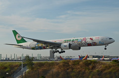 EVA Airlines  Hello Kitty Sanrio Family Livery 777-35E(ER) (B-16703) LAX Approach 2 (hsckcwong) Tags: evaairlines eva hellokittysanriofamilylivery 77735eer 777300er 777300 b16703 lax klax