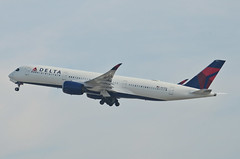 Delta Airlines A350-941 (N501DN) LAX Takeoff 4 (hsckcwong) Tags: deltaairlines a350941 a350900 a350 n501dn lax klax