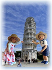 Ich hatte einenTraum .. / I had a dream... (ursula.valtiner) Tags: puppe doll luis bärbel künstlerpuppe masterpiecedoll pisa schieferturm leaningtower toskana toscana tuscany italien italy