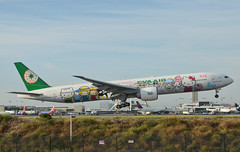 EVA Airlines  Hello Kitty Sanrio Family Livery 777-35E(ER) (B-16703) LAX Approach 3 (hsckcwong) Tags: evaairlines eva hellokittysanriofamilylivery 77735eer 777300er 777300 b16703 lax klax