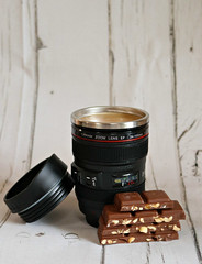 2019 Sydney: Camera Coffee + Chocolate (dominotic) Tags: 2019 drink food chocolate coffee peanutbrittlechocolate blackcameralenscoffeemug noveltycoffeemug coffeeobsession yᑌᗰᗰy sydney australia