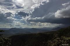 Zimapán, Hidalgo, México, 08-2018. 57C88B13-B674-462C-8E4F-9AC099298E34 (Maite Urrutxi) Tags: naturaleza montañas nubes tormenta