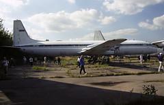 RA-78732 - Moscow Zhukovsky (ZHU) 17.08.2001 (Jakob_DK) Tags: il18 il18v ilyushin ilyushinil18 il18coot ilyushinil18v ilyushin18 uubw zia moscowzhukovsky zhukovskyinternationalairport gromov gromovflightresearchinstitute 2001 ra78732