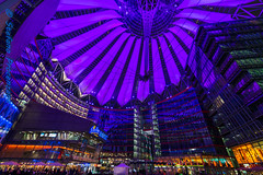 Berlino, Sony Center (Stefano Procenzano) Tags: berlino b germania d600 nikond600 nikon tokina1628 tokina1628mm tokina1628mmf28 tokina1628f28 1628mmf28 1628mm f28 tokina sonycenter potsdamerplatz availablelight architecture architettura general germany deutschland