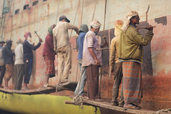Bangladesh, shipyard in Dhaka (Dietmar Temps) Tags: asia bangladesch bangladesh bengali burigangariver dhaka dockworker dockyard hammer industry naturallight outdoor people rust shipbuilding ships shipyard southasia tradition traditional vessel worker