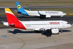Iberia (ab-planepictures) Tags: iberia airbus a319 dus eddl düsseldorf flugzeug flughafen airport aircraft plane planespotting aviation