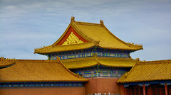 Yellow , the emperor's color (maios) Tags: palacemuseum palace museum beijing china yellowtheemperor'scolor yellow theemperor'scolor emperor color roofs eaves maios forbiddencity forbidden city