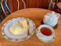 tea and scone (Hideki-I) Tags: iphone tea scone ariel food drink kobe japan