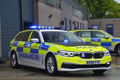 BX68 FTF (S11 AUN) Tags: leicestershire leics police bmw 530d xdrive 5series touring anpr traffic car rpu roads policing unit 999 emergency vehicle bx68ftf