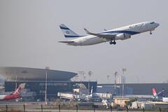 El Al B738, 4X-EKS, TLV (LLBG Spotter) Tags: elal aircraft tlv b737 airline 4xeks llbg