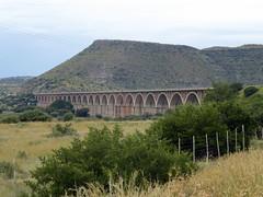 Hennie Steyn Bridge near Bethulie (Proteus_XYZ) Tags: southafrica freestate karoo venterstad bethulie orangeriver henniesteynbridge roadandrailwaybridge
