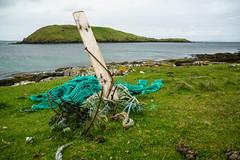 Strandgut (Joachim S.) Tags: isleofskye schottland duntulm holz küste meer netz rost highland scotland unitedkingdom