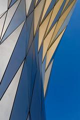 Prism (mic00l) Tags: 35mm automne confluences f14 lyon jour rhône france canon eos 6d street shot day