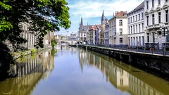 Gand - 6924 (✵ΨᗩSᗰIᘉᗴ HᗴᘉS✵62 000 000 THXS) Tags: sony sonydscrx10m4 gand gent water réflection reflexion reflets reflection reflet belgium europa aaa namuroise look photo friends be yasminehens interest eu fr party greatphotographers lanamuroise flickering