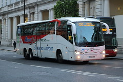 YN64 AMO (1) (ANDY'S UK TRANSPORT PAGE) Tags: buses london victoria airportbusexpress