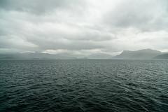 Unterwegs nach Mallaig (Joachim S.) Tags: isleofskye schottland berge grau meer wolken scotland unitedkingdom