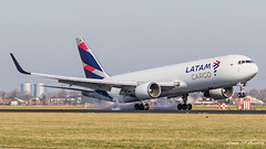 LATAM B767 (Ramon Kok) Tags: 767 767300 767300er 767300erf 767300f 767f ams avgeek avporn aircraft airline airlines airplane airport airways amsterdam amsterdamairportschiphol aviation boeing boeing767 boeing767300er boeing767300erf boeing767f cargo eham freight freighter holland l7 lae latamcargo latamcargocolombia n532la schiphol schipholairport thenetherlands vijfhuizen noordholland nederland