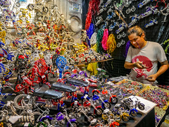 Ratchada Rot Fai night market Din Daeng (17) (walterkolkma) Tags: thailand market bangkok dindaeng rama9 night color vendors shopping thai food stalls kolkma panasonic gx850 gx9