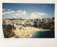 Carvoeiro (Algarve - Portugal). (miroir.photographie) Tags: carvoeiro algarve filmisnotdead istillshootfilm instaxwide rf70 argentique portugal analog