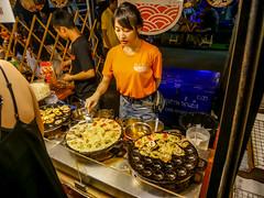 Ratchada Rot Fai night market Din Daeng (2) (walterkolkma) Tags: thailand market bangkok dindaeng rama9 night color vendors shopping thai food stalls kolkma panasonic gx850 gx9