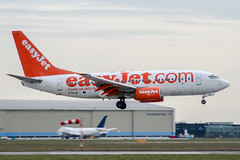 G-EZJD (PlanePixNase) Tags: amsterdam ams eham schiphol planespotting airport aircraft easyjet boeing 737700 b737 737