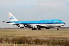 PH-BFS (PlanePixNase) Tags: amsterdam ams eham schiphol planespotting airport aircraft klm boeing 747 747400 jumbo b744