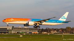KLM B777 (Ramon Kok) Tags: 777 777300er 77w ams avgeek avporn aircraft airline airlines airplane airport airways amsterdam amsterdamairportschiphol aviation blue boeing boeing777 boeing777300er eham holland kl klm koninklijkeluchtvaartmaatschappij orangepride phbva royaldutchairlines schiphol schipholairport thenetherlands luchthavenschiphol noordholland nederland
