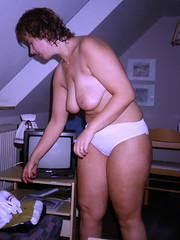 Manuela (Eva Ela) Tags: erotik nackt privat deutschland manuela brueste breast boobs amateur manu ela busen nude naked aktfoto home private akt germany