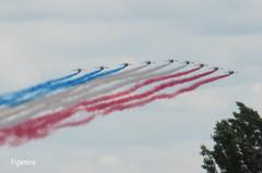 Une autre photo de la Patrouille de France au dessus de notre maison après avoir lancé les 24 heures du Mans (Figareine- Michelle) Tags: patrouille de france