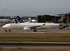 ZS-SXM (ianossy) Tags: airbus a330343 a333 saa lhr egll south african airways zssxm