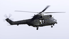Aerospatiale (Westland) SA-330E Puma HC2 ZJ957 UK - Air Force (WvB Photography - The Sky Is The Limit) Tags: pentax weslyvb weslyvanbatenburg airplane aviation airport air ehvk volkel luchtmachtdagen 2019 airshow avgeek avporn k3 pentaxk3 sigma150500oshsm aerospatiale westland sa330e puma hc2 zj957 uk force