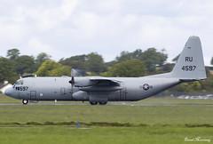 US Navy KC-130T 164597 (birrlad) Tags: shannon snn international airport ireland aircraft aviation airplane airplanes prop turboprops lockheed hercules kc130 c130 kc130t 164597 convoy departing departure takeoff runway us navy